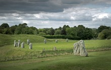Small Group Stonehenge, Glastonbury & Avebury