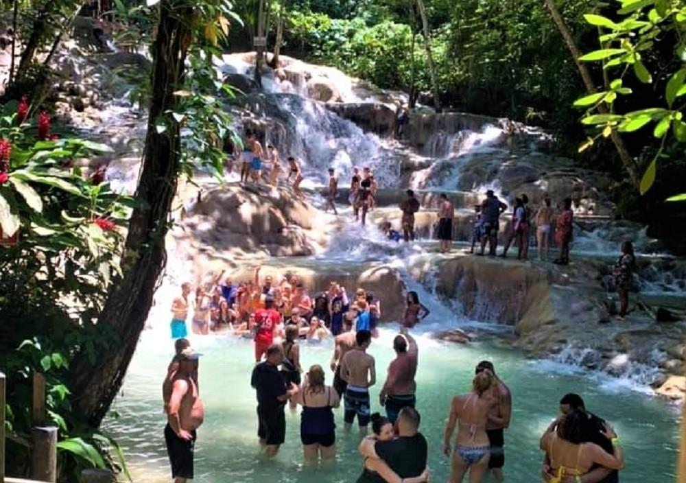 Dunn's River Falls Express Tour from Montego Bay
