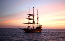 Yo Ho Show Sunset Dinner & Pirate Show Cruise Cabo Legend