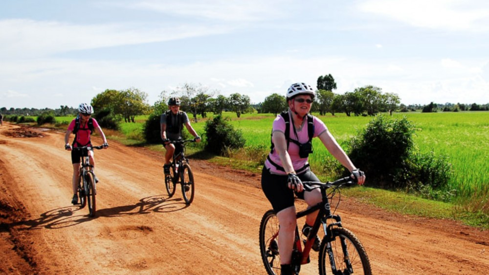 Small Group Angkor Discovery By Bicycle Tour (3 Days)