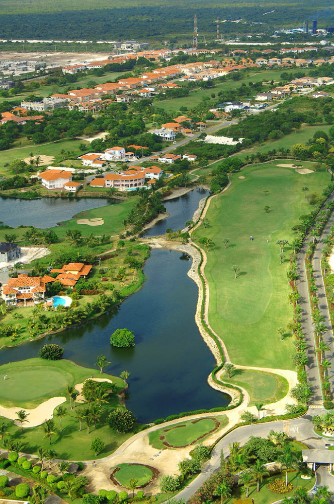 Golf Experience at Cocotal Golf & Country Club with Transfers