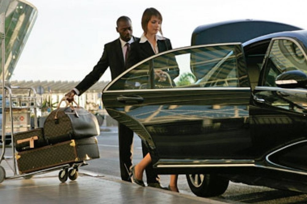 Downtown Hotels to Cairo Airport Private Transfer