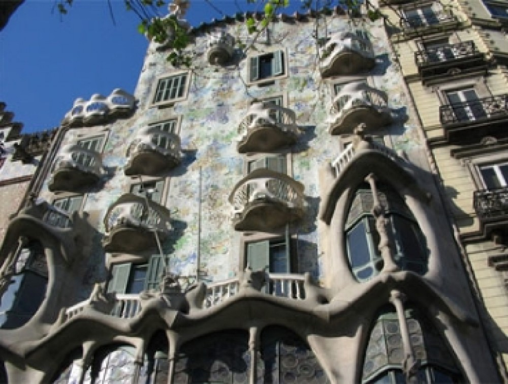 Small Group Best of Barcelona Half Day Tour with Sagrada Familia