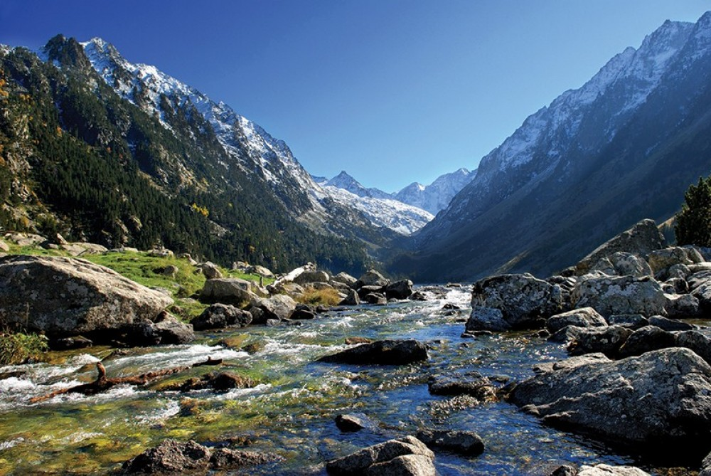 Private Pyrenees Mountains Day Trip from Barcelona