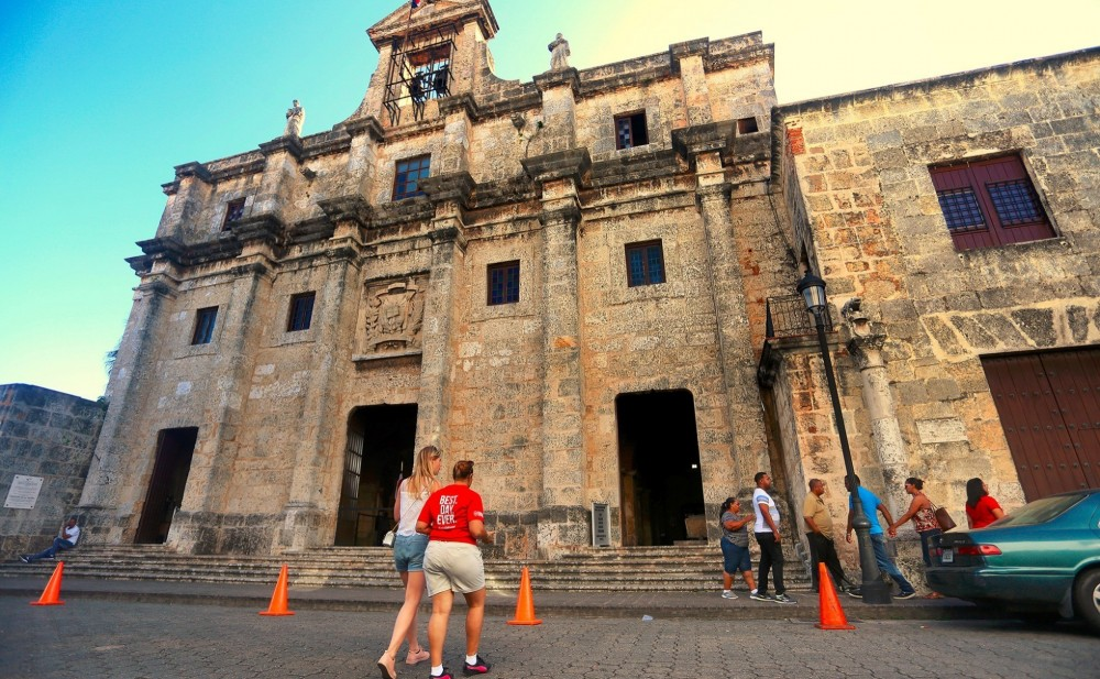 Small Group Santo Domingo City Of Firsts Highlights Tour