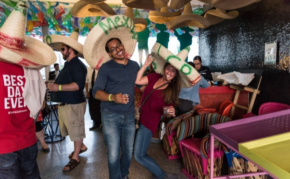 Private Mexico City: Cantinas, Mariachi & Lucha Libre