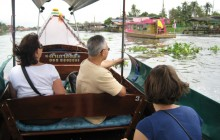 Small Group Temple & River of Kings Boat Tour