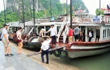 Halong Bay Boat Cruise from Hanoi
