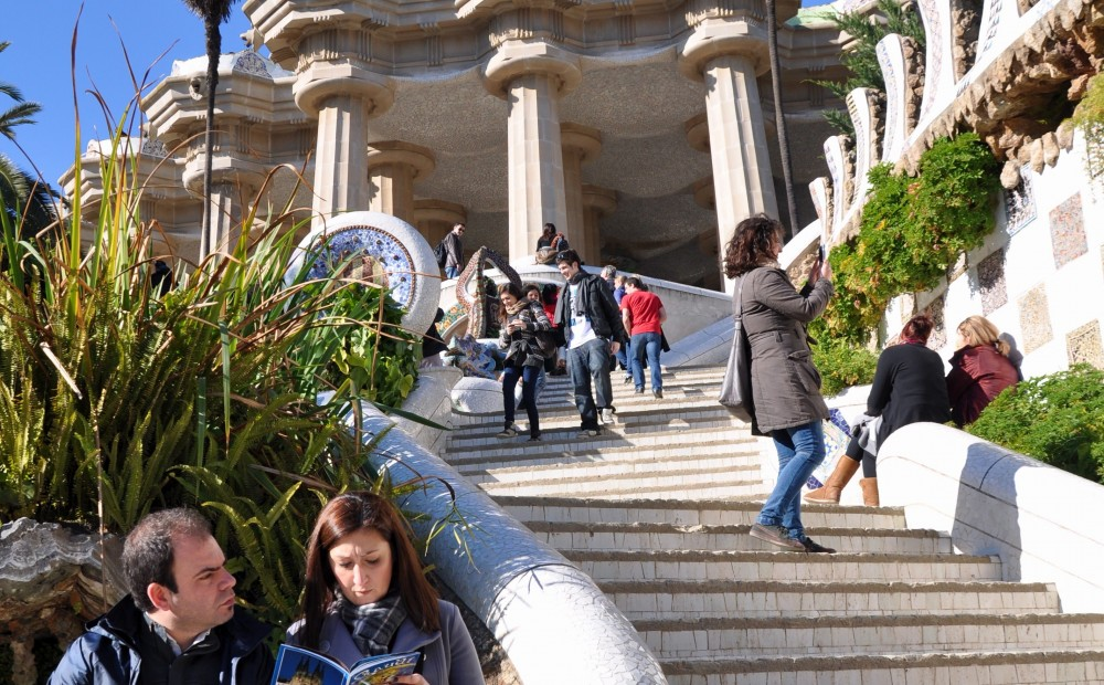 Barcelona Small Group Explorer Driving + Walking Tour (8 Hour)