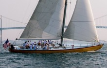 2 Hour Sailing Cruises & Uniquely Newport Packages