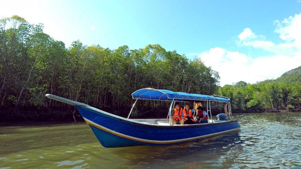Langkawi Island Hopping Boat Tour - Langkawi | Project Expedition