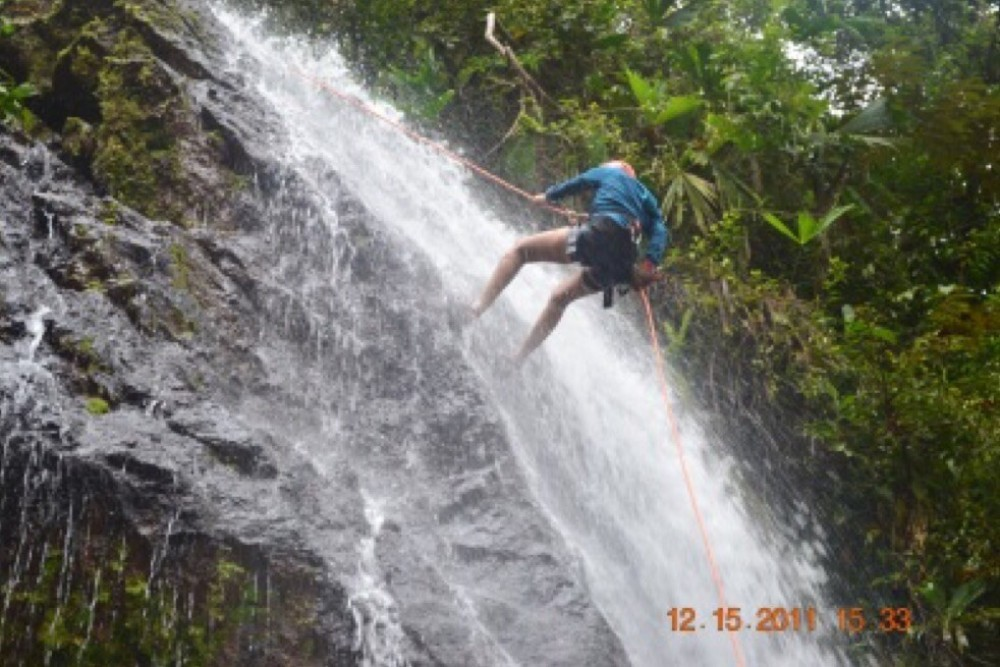 Canyoning Waterfall Rappelling